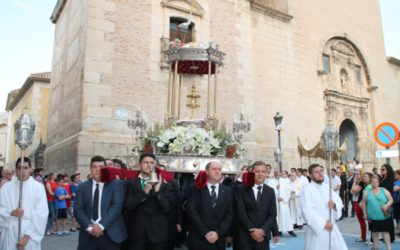 Una luminosa procesión del Corpus